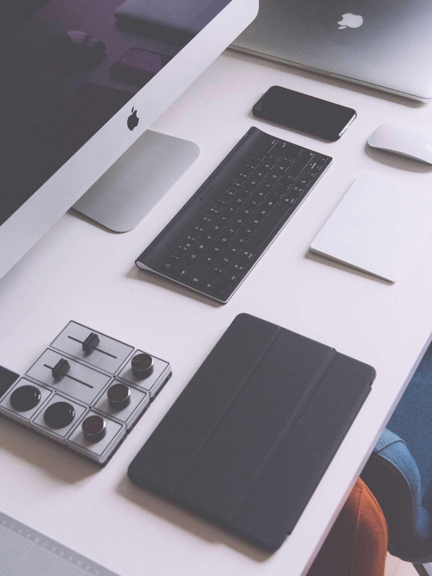 cursussen afbeelding: toetsenbord en Apple scherm
